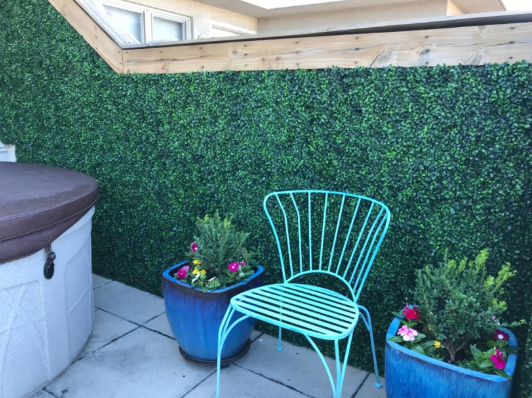 There's A Suggestion Given by Janet for Artificial Hedge Installation