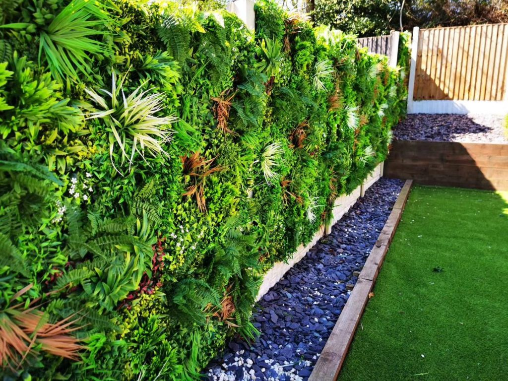 artificial-plants-wall-for-the-home-garden